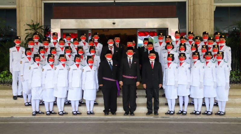 Walikota Jakut Kukuhkan 42 Anggota Paskibraka.